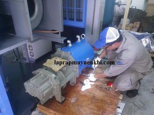Kiểm tra và vệ sinh máy thường xuyên để tránh những tác hại mà bụi bẩn gây ra cho thiết bị