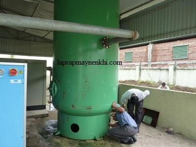 Người dùng nên định kỳ kiểm tra bình chứa khí nén