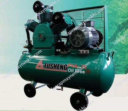 Khi chọn mua máy nén khí không dầu, người dùng cần căn cứ vào các yếu tố như thương hiệu, công suất sử dụng, độ ồn, nguồn điện cung cấp, yêu cầu lắp đặt,...