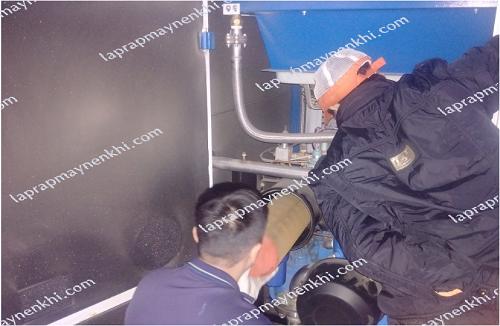 vệ sinh máy nén khí