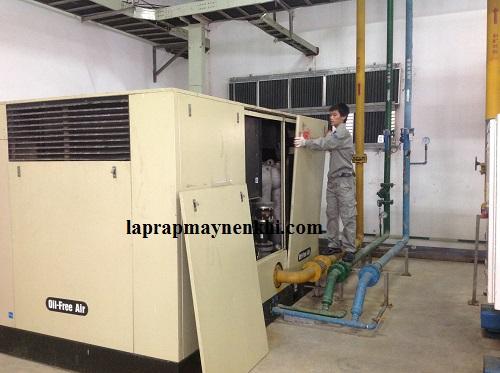 Sử dụng máy nén khí công suất lớn chính hãng trong nhà xưởng