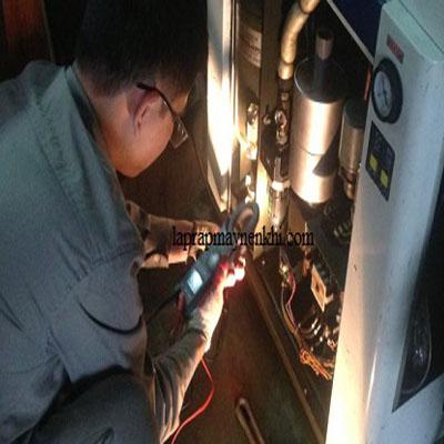 Nguyên nhân và cách khắc phục nước có trong dầu bôi trơn máy nén khí