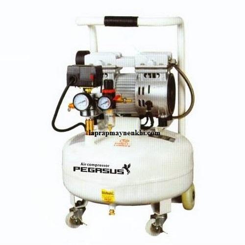 Máy nén khí piston không dầu cung cấp nguồn khí nén sạch 100%