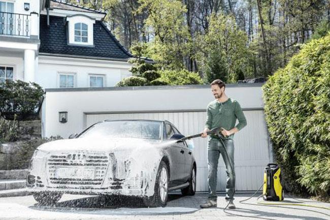 lựa chọn hóa chất để rửa xe